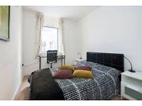 En-suite room in Welshback, Riverside (BS1)