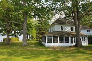 Historic Lake Simcoe Cottage