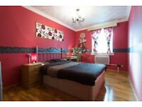 Luxurious Sandy Double Room for Rent Glasgow