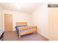 2 Modern rooms in close to center and University and hospital. £99p/w and £105 for bigger room.