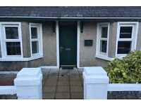 Portstewart - Holiday let sleeps 5- suitable for families- big Garden