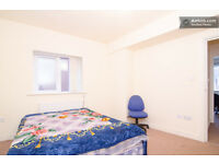 A Modern double room in good location close to center and University and hospital. Start at £99p/w