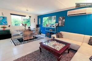 Comfortable, Clean Room with Bed & air con + includes amenities Caravonica Cairns City Preview