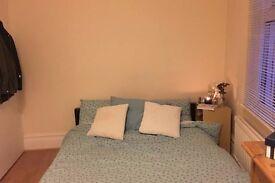 2 Week+ Double Room Sublet in Fulham 21Dec-7Jan