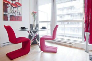 Luxurious Condo in Old Montreal %50 Off 1st Month