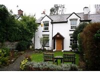 30 August School Cottage 3 Bedrooms Dog Friendly Snowdonia Conwy 5km Bank Holiday Monday