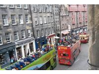 HOLIDAY LET AT THE VERY TOP OF THE ROYAL MILE