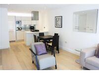 2 bedroom flat in Kensington Apartments, 11 Commercial Street
