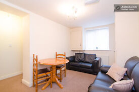 2 Modern and nice rooms close to center and University and hospital. £99p/w and £105 for the bigger