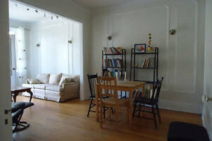 sublet June 18-July18 , bright  large 41/2 Outremont/Mile-end
