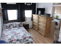 Large Studio in Kentish Town. Available to Rent NOW!!!