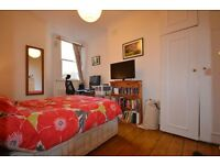 Beautiful double room in good location.