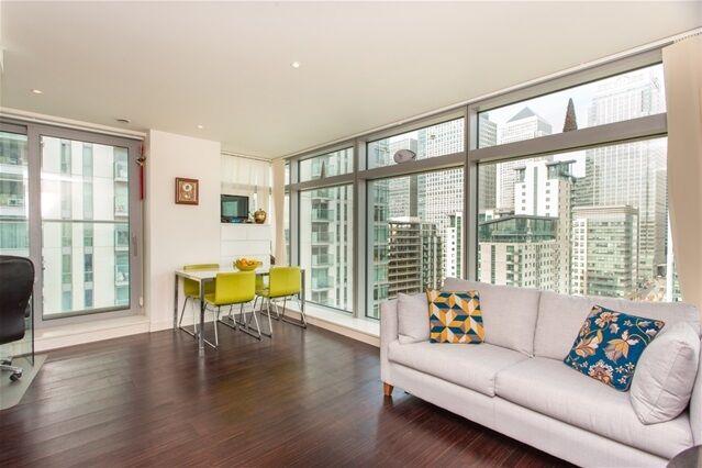 2 bedroom flat in Pan Peninsula East, Pan Peninsula Square, Canary Wharf