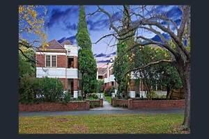 Furnished 2bdr art deco apartment in parkland - term negotiable Parkville Melbourne City Preview