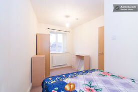 2 Modern double rooms in good location close to center and University&hospital. Starts £99p/w