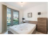 2 bedroom flat in Ashwin Street, Dalston Curve, Dalston