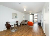 Stylish Studio flat with private balcony in Waterside Park, Kingfisher Heights, , Royal Docks