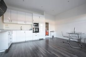 Large 3 bedroom Flat, South Harrow tube short term, Pay Monthly, Recently decorated. 200 MB Internet