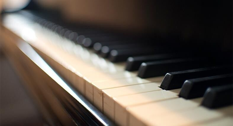 Piano/Singing/Theory - Music Lessons