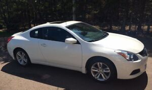 2011 Nissan Altima Coupe (Price Reduced)