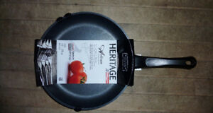 *BRAND NEW*Ceramic Non Stick Frypan Fry Frying Pan 28 cm 11 inch