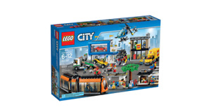 "Lego City - City Square - 60097 ""Retired"""