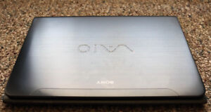 Sony VAIO E Series (SVE14AG12L) Laptop 14.0-inch WideScreen