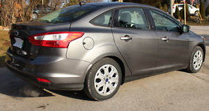2012 Ford Focus SE - E-tested/safetied/2 yrs Service Visits/UVIP