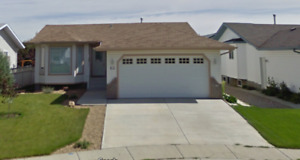 Camrose 2002: 1,230 sq.ft house with finished bsmnt