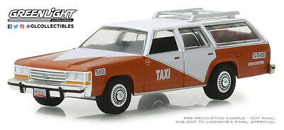 1:64 GreenLight *HOBBY EX* TIJUANA TAXI CAB 1988 Ford LTD Crown Wagon * *NIP* for sale  Shipping to India