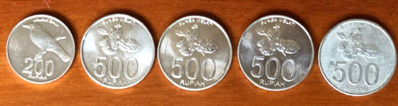 2003 Indonesia 500 Rupiah and 200 Rupiah Coins - lot of 5