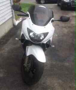 Honda cbr 600cc anne 2000