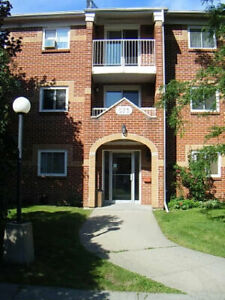 3 Bedroom Condo for Rent - ARMSTRONG ROAD