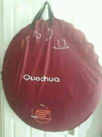 QUECHUA 2 PERSON POP UP TENT IN EXCELLENT CONDITION