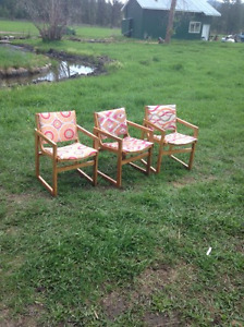 14 Cute, Sturdy, Wood frame chairs - great deal! Summerland