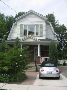 Amazing 3 Bedroom House Steps to Kings College and UWO Main Gate