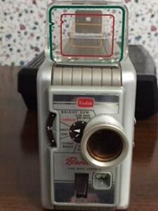 8 mm Kodak Brownie Movie  Camera ( collectors)