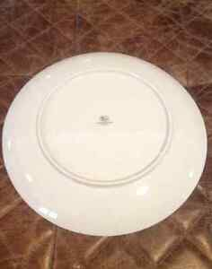 Dinner Plates - Fine China - Hutschenreuthes Germany Windsor Region Ontario image 2