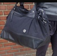 Looking for this bag/ recherche ce sac