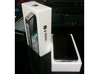 I phone 4S black 32GB in box