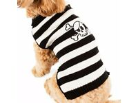 DOG HALLOWEEN JUMPER BLACK AND WHITE SKULL AND BONES MEDIUM OR LARGE