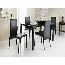 BRAND NEW BOXED BLACK DINING TABLE & 4 CHAIRS £100 CHRISTMAS