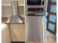 Stainless Steel Chimney Cooker Hood and Splashback