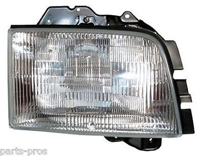 New Replacement Headlight Assy RH / FOR 1999-02 ISUZU TROOPER & 1999 ACURA SLX