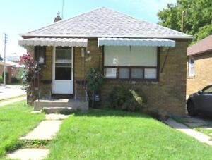 East York Bungalow with Back Yard and Full Basement For Rent