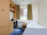 Looking for COMFORT and ACCESSIBILITY stop looking I have a Single Bedroom in Stratford