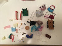 Sylvanian Families: collection of accessories
