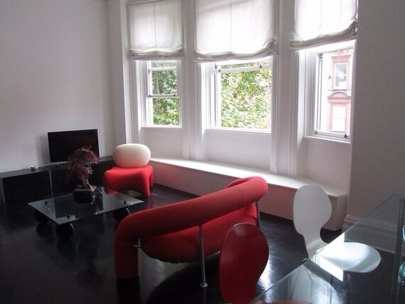 2 Bed Flat, Gloucester Road, Modern Finish - Ideal for Sharers.