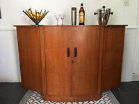 Vintage Retro Mid-Century 1960s Drinks Cabinet/ Cocktail Bar/ Mini Bar