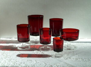Place Settings of 6 Cavalier Ruby Red Stemware